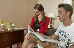 Thailändska porrfilmer på svenska tik som är upptagen chatta i online-chatt